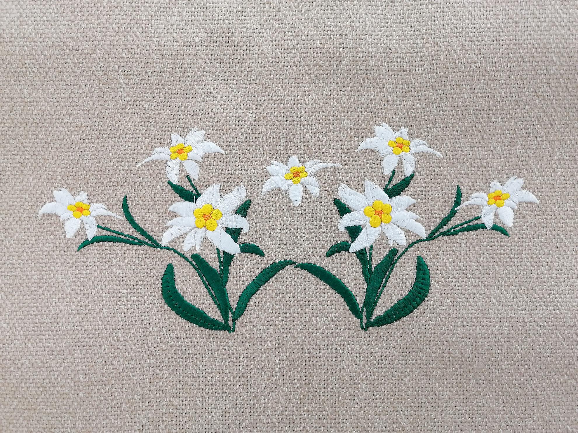 Poza cu Traversa Floare de Colt