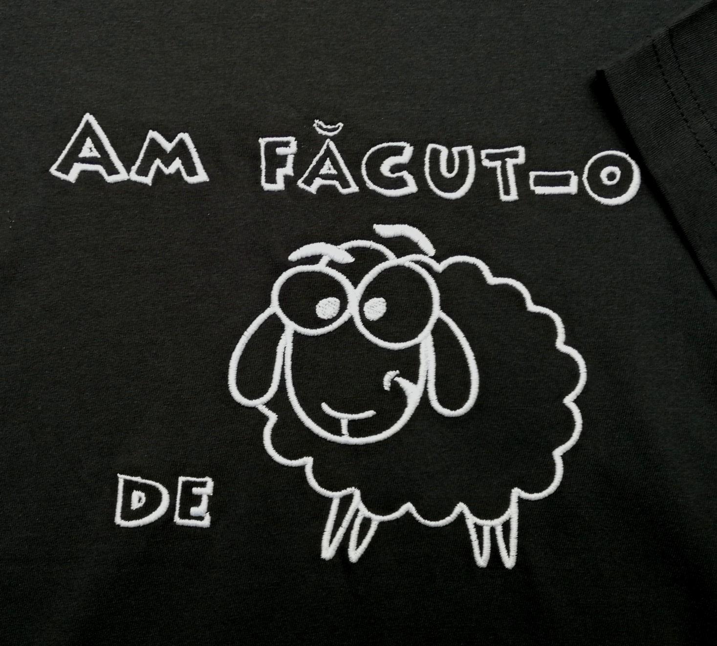 Poza cu Tricou ''Am Facut-o de Oaie''